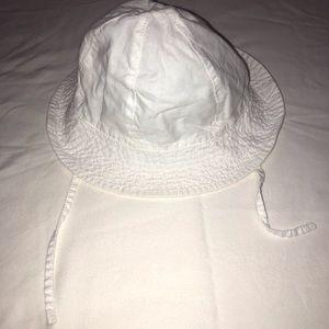 H&M White Sun Hat 12-18 M